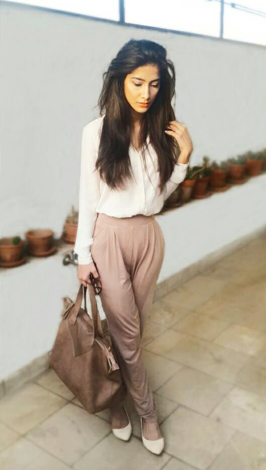 I was honestly tired of the usual skinny jeans and wanted to try some other type of a trouser or a pair of jeans so I found this amazing pair of fluid trouser at breakout and it was love at first sight! These trousers are extremely comfortable and they make the entire look so professional and classy. Oh, and not to forget how they also also have pockets! They come in 3 or 4 other colors which also include cream and black! They're not expensive at all so all of you can look all classy without having to spend a fortune ;)